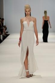 AC look 12 plunge gown Aurelio Costarella